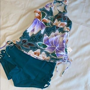 HULA HONEY NWT TANKINI S top XS bottom